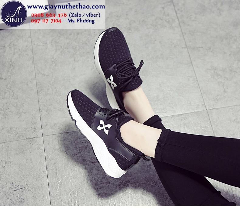 Giày thể thao nữ cột dây đen hiện đại GTT5302